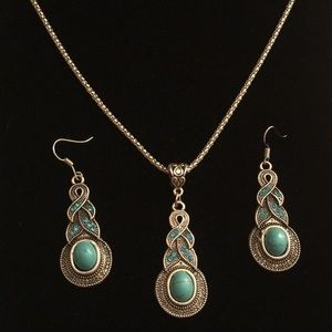 Turquoise Crystal Necklace & Earring Set